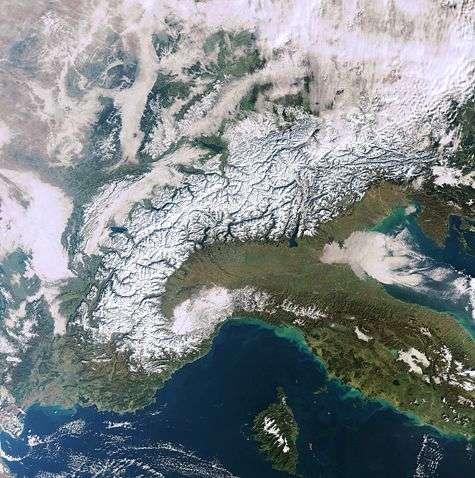 Le massif alpin vu par Envisat. Source : Esa