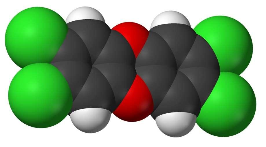 Le TCDD est la dioxine la plus dangereuse. © Benjah-bmm27, Wikimedia, domaine public