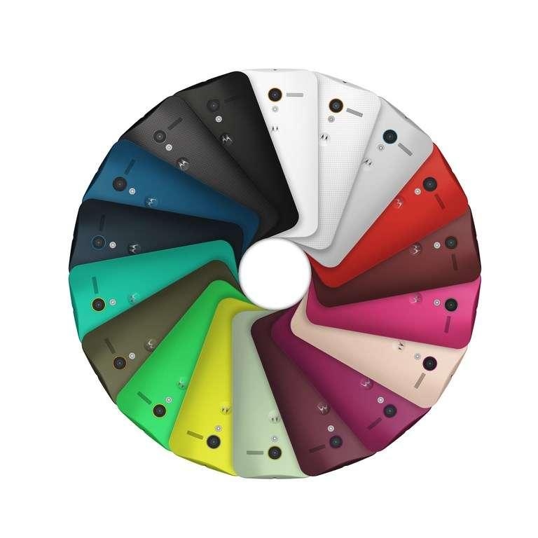 Le Moto X proposera de nombreuses options de personnalisation à la commande, dont la possibilité de choisir la couleur de la coque arrière. © Motorola