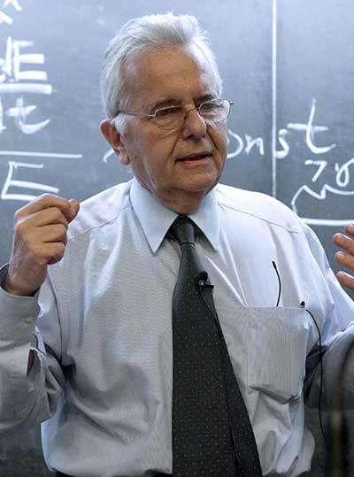 Nicola Cabibbo (1935-2010). Crédit : ICTP