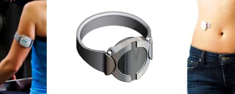 Le patch électronique SmartStop peut se porter comme un bracelet ou comme un timbre adhésif, à même la peau. © Chrono Therapeutics