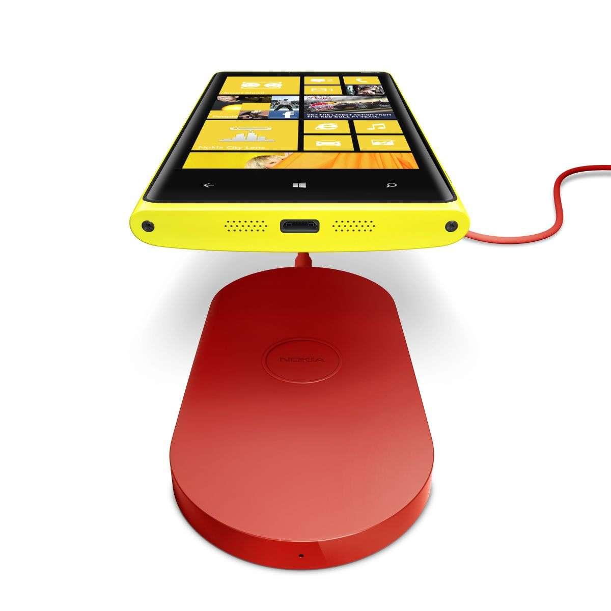 L'un des modèles de chargeur par induction que Nokia vendra en option pour les Lumia 920 et 820. © Nokia