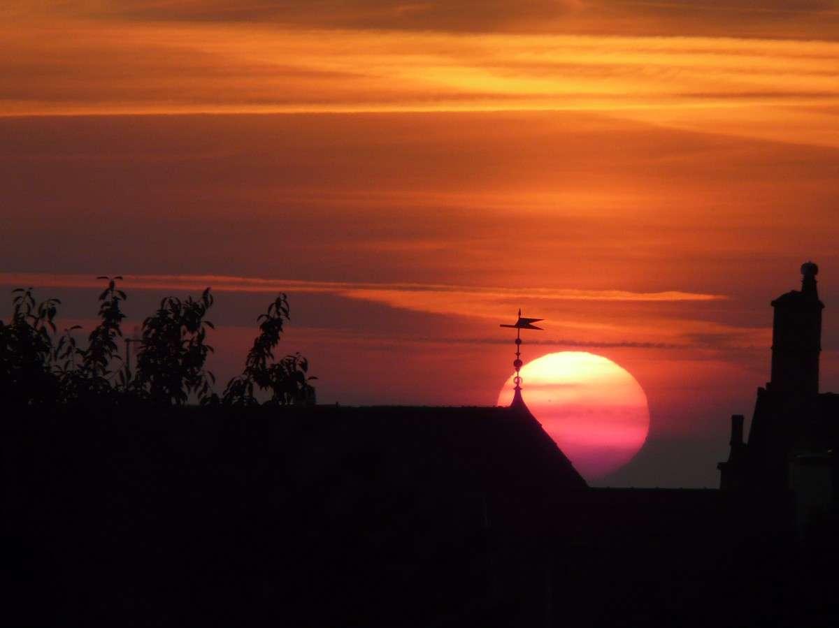 Le Soleil, une star très attendue pour inaugurer cet été 2012. © J.-B. Feldmann