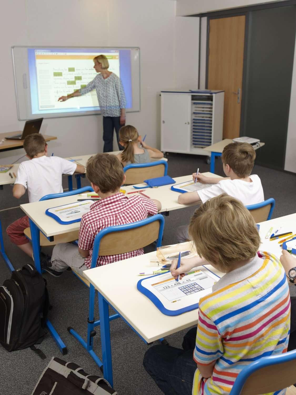 Une salle de cours équipée de Bic Tab, tablettes sous Linux destinées aux écoliers du primaire. Cet ensemble devrait être disponible au début de l'an prochain. © Bic