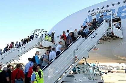 Embarquement pour le premier vol d'essai d'un Airbus A380 avec passagers.