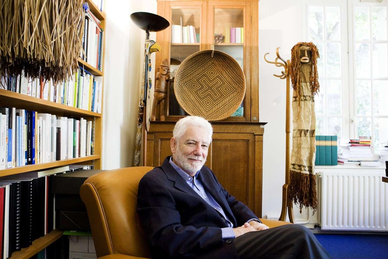 L'anthropologue Philippe Descola (ici en 2012) vient de recevoir la médaille d'or 2012 du CNRS. © CNRS Photothèque/Céline Anaya Gautier