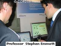 Professeur Emmotdirecteur du bureau de recherche externede Microsoft Research à Cambridge