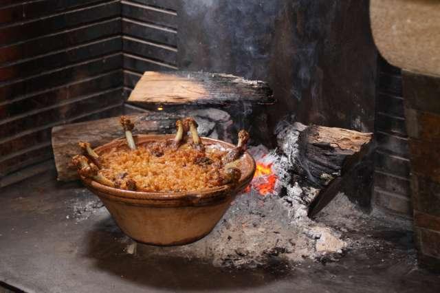 Le cassoulet de Castelnaudary représente 80 % de la production de cassoulet en France. © Diru, Wikimedia Commons, cc by sa 3.0