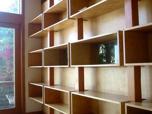 L'encoignure est à l'origine un meuble occupant l'angle formé par deux murs d'une maison. © Jeremy Levine, CC BY 2.0, Flickr