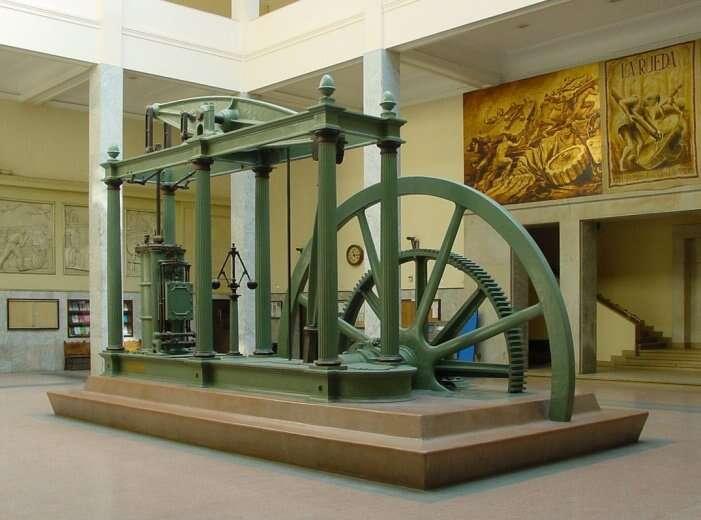 Élément déclencheur de la première révolution industrielle, la première machine à vapeur a été créée par James Watt en 1760. © Nicolas Pérez, Wikimedia Commons, cc by sa 3.0