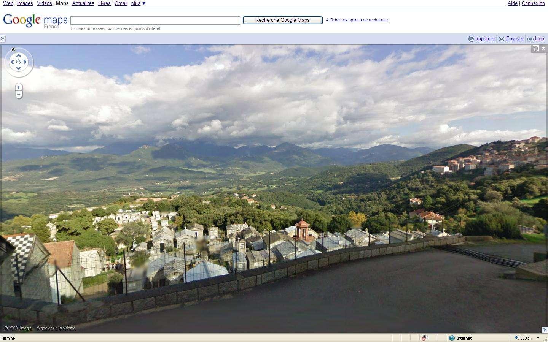 Google Street View permet désormais les balades en France. © DR