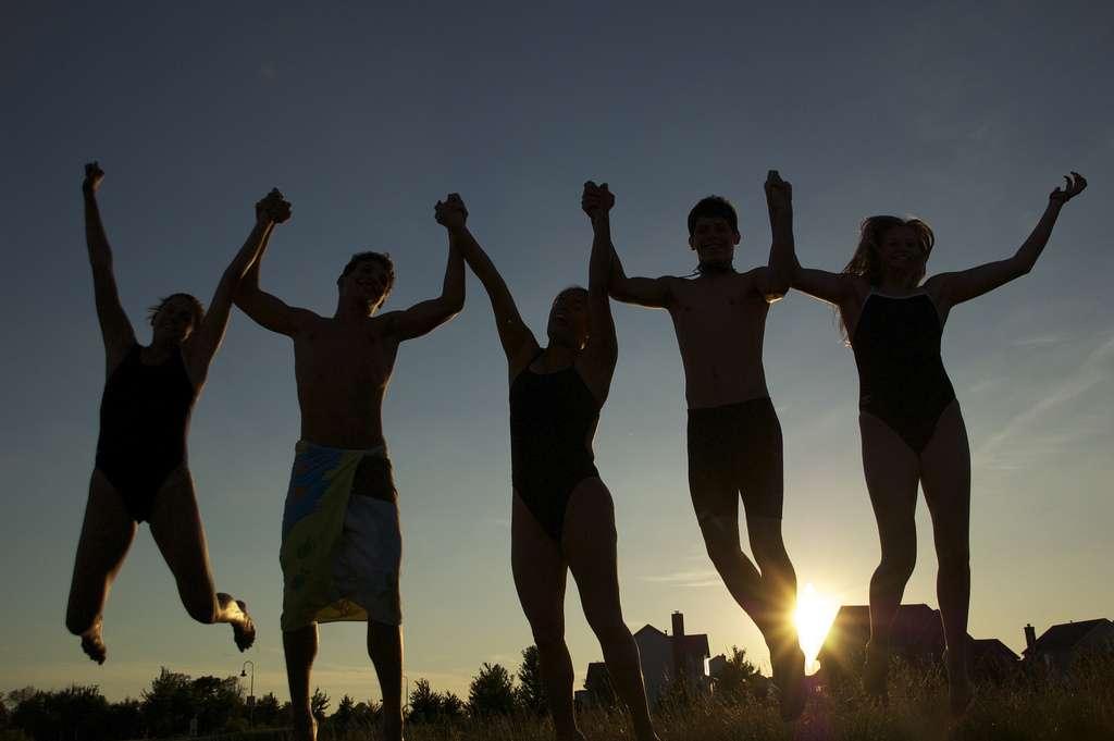 Les amis peuvent composer une grande partie du réseau social d'une personne. Et de leur nombre dépend le volume de certaines régions du cerveau... © JohnCrider, Flickr, cc by nc nd 2.0