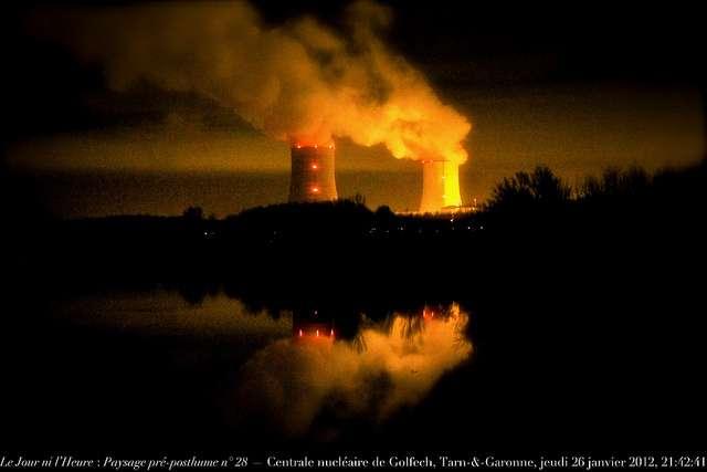 L'énergie nucléaire produit des tonnes de déchets radioactifs, transférés ensuite dans les centres de stockage des déchets nucléaires. © Renaud Camus, Flickr, cc by 2.0