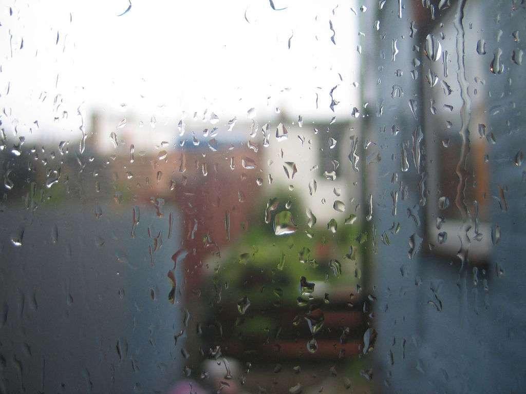 Aux États-Unis, une équipe de chercheurs a conçu un verre capable de produire de l'électricité à partir du vent et de la pluie qui le frappent. © Andy Aldridge, Flickr, CC BY-NC-SA 2.0
