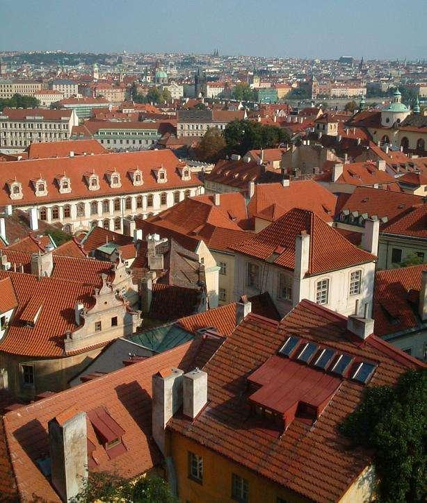 Le toit sert à protéger les bâtiments des intempéries. © Ben Godfrey, CC BY-SA 1.0, Wikimedia Commons