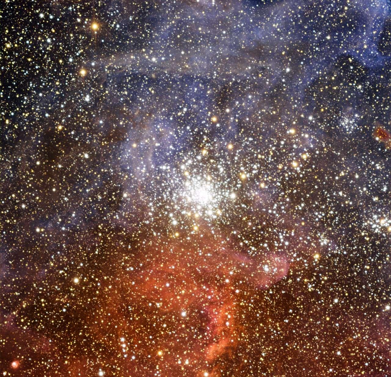 NGC 2100, un brillant amas d'étoiles dans le Grand Nuage de Magellan. © ESO