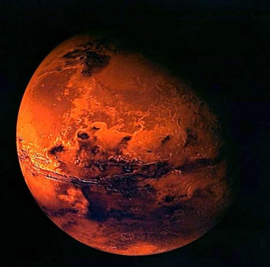 Aux yeux des scientifiques, Mars n'est plus le seul objet du Système solaire où la vie a pu émerger ailleurs que sur Terre. Plus la science progresse, plus il apparaît que de nombreux autres endroits offrent des conditions favorables à la vie. Crédit Esa