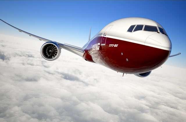 L'allure des futurs bimoteurs longs-courriers de Boeing, les 777-8X et 777-9X, paraît assez classique. Pourtant, la motorisation est inédite et les ailes particulièrement longues, avec des extrémités joliment pointues. © Boeing