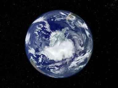 Autour de l'Antarctique, l'océan austral semble rechigner à absorber davantage de gaz carbonique… Crédit : Nasa