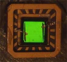 Cette Led verte à base de phosphure de gallium-indium a été élaborée par les chercheurs du National Renewable Energy Laboratory. © NREL