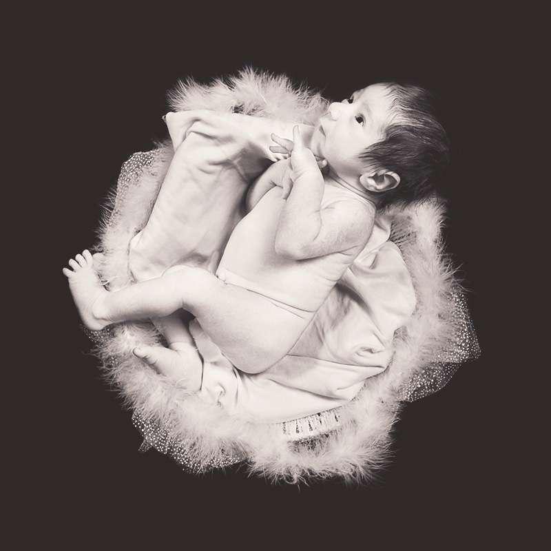 Selon cette étude, les nouveau-nés auraient déjà commencé leurs apprentissages in utero. © Zuhair Ahmad, Flickr, cc by nc sa 2.0