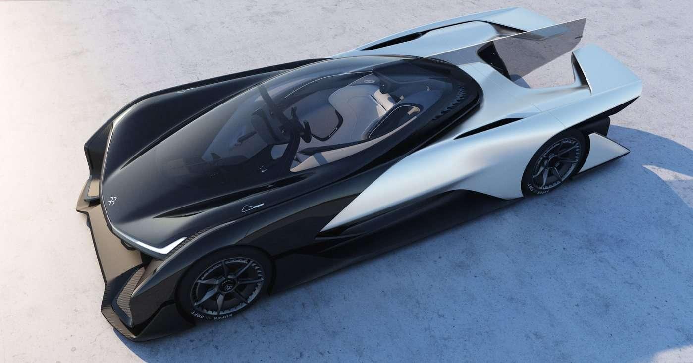 Faraday Future a dévoilé son prototype de voiture électrique sportive FFZero1 lors du CES, à Las Vegas. Visuellement spectaculaire, l'engin est avant tout un outil de communication pour lancer la marque. © Faraday Future