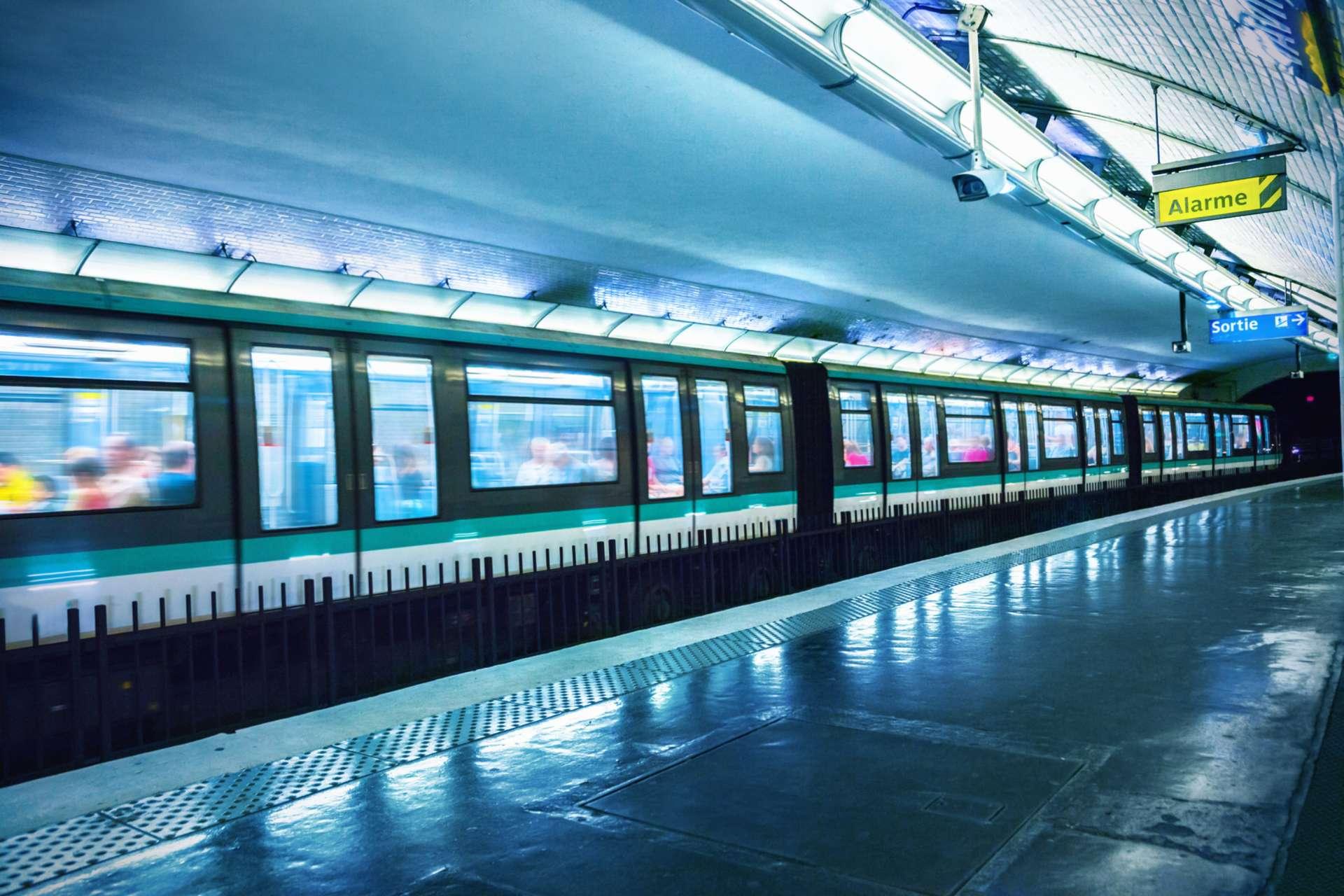 Google Maps va indiquer la fréquentation des transports en commun dans 200 villes dans le monde. © adisa / IStock.com