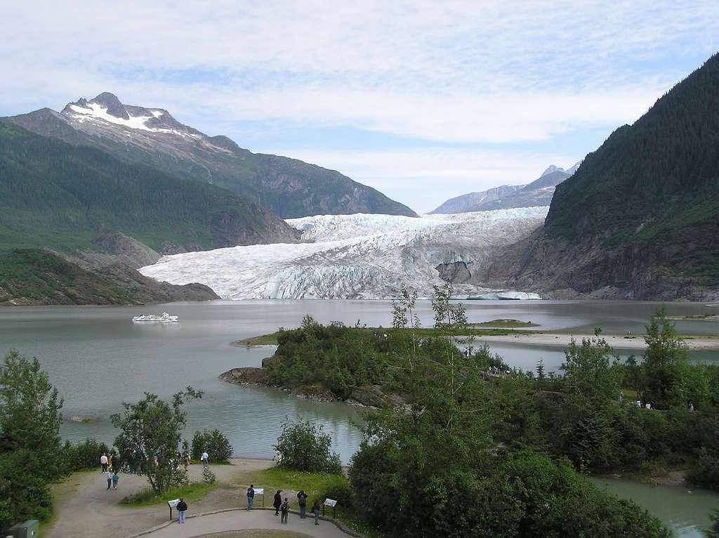 La fonte des glaciers libère des polluants piégés depuis les années 1980. © Donna62/Flickr Licence Creative Commons (by-nc-sa 2.0)