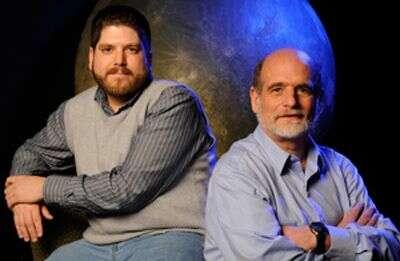 Scott Gaudi et Andrew Gould. Crédit Université de l'Ohio