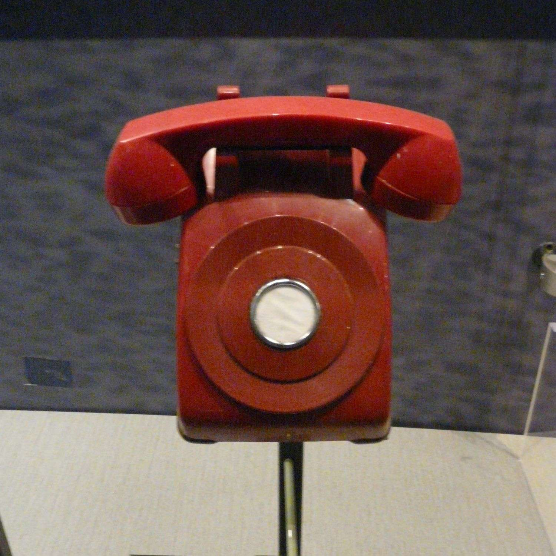 Le téléphone rouge a été l'un des symboles de la Détente durant la guerre froide. © Piotrus, Wikimedia Commons, cc by sa 3.0