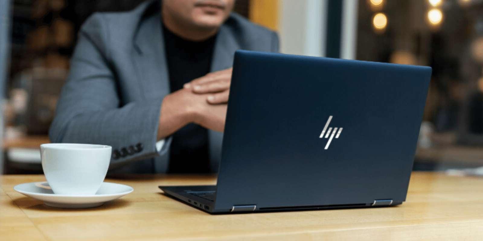 Dernier ordinateur portable ultrafin signé HP, l'Elitebook Dragonfly est à surveiller du prêt en ces jours de Black Friday et de Cyber Monday 2019. ©HP Store