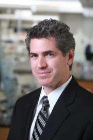 Eric Ledet, spécialisé en ingénierie biomédicale, travaille sur les implants intelligents depuis une dizaine d'années. © Eric Ledet/Rensselaer Polytechnic Institute