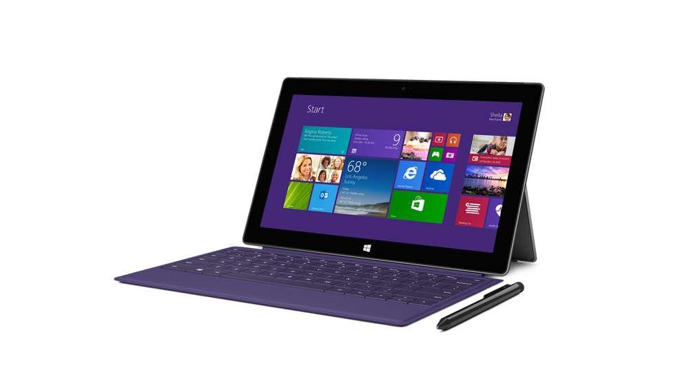 Si le design de la Surface Pro 2 n'évolue pas, elle adopte un processeur Intel Core i5 Haswell qui, selon Microsoft, améliorerait l'autonomie de 60 %. © Microsoft