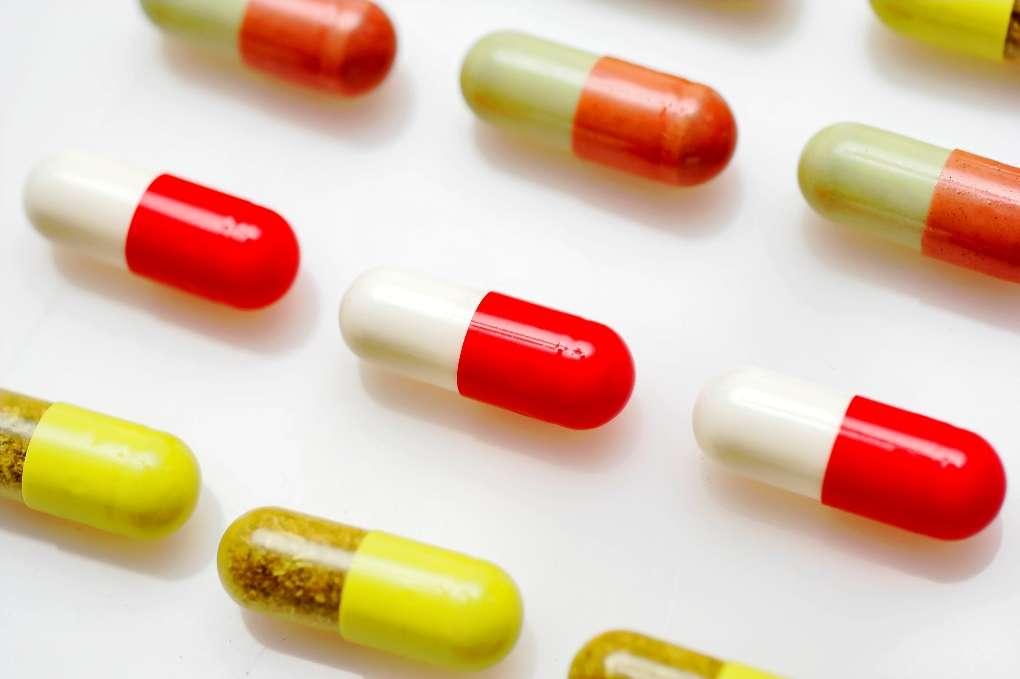 Les médicaments illicites représentent un vrai danger pour la santé. Peu ou pas efficaces, ils ne peuvent soigner des maladies parfois mortelles et favorisent la résistance des bactéries aux antibiotiques. © Dreamstime, StockFreeImages.com
