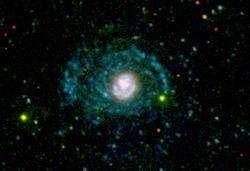 La galaxie NGC 4625 vue par Galex