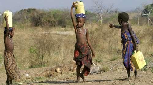 Les changements climatiques sont devenus la première cause responsable des migrations humaines, notamment en Afrique où des sécheresses durables se sont installées. © Unitar