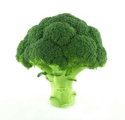 Après le superbrocoli contre les cancers, les légumes font office de superhéro contre les prédispositions aux maladies cardiaques. © Ricardo Esplana Babor/shutterstock.com