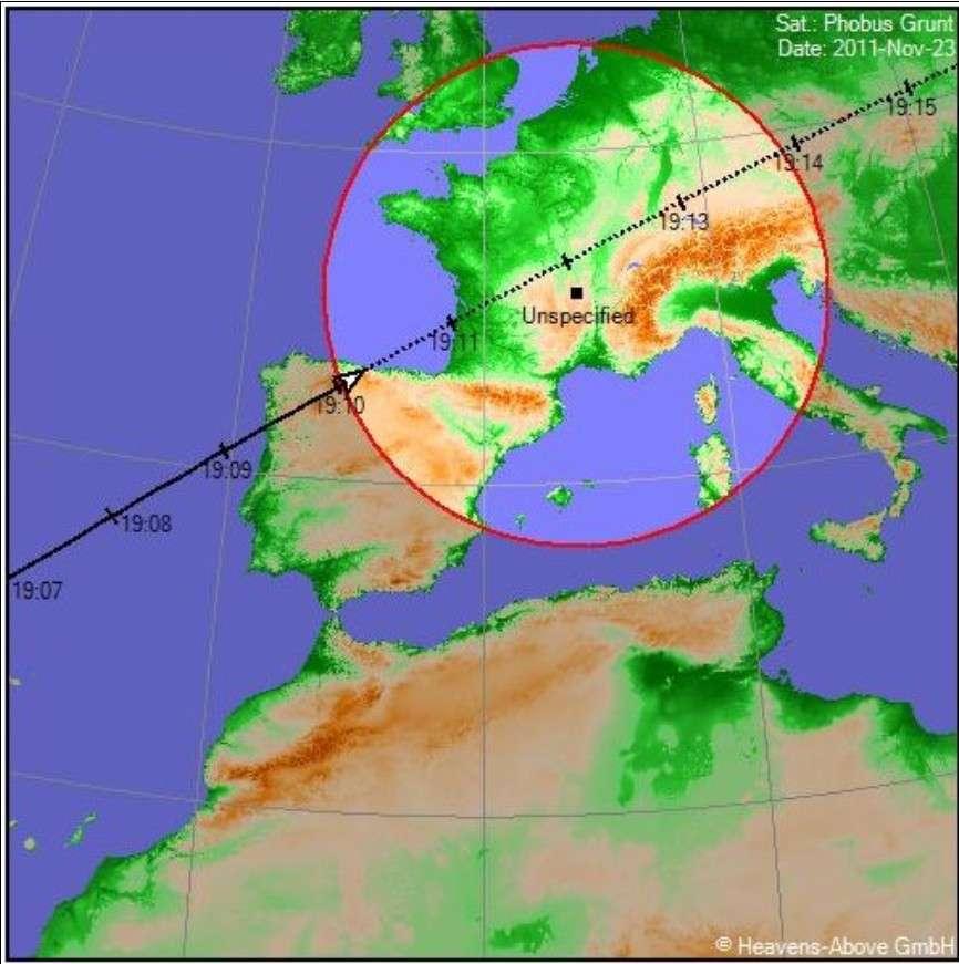 Le site Heavens-Above fournit des cartes précises permettant de suivre les passages de Phobos-Grunt, comme ici pour la soirée du 23 novembre. © Heavens-Above