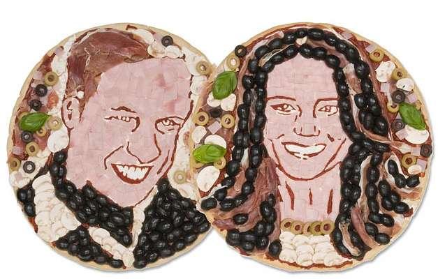 Une marque de restauration spécialisée dans la pizza a même immortalisé le couple princier... en pizza. © pa/pizzaexpress