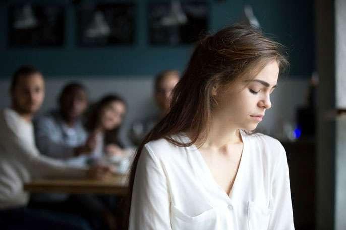 Le manque de sommeil accroît le risque d'isolement social. © UC Berkeley