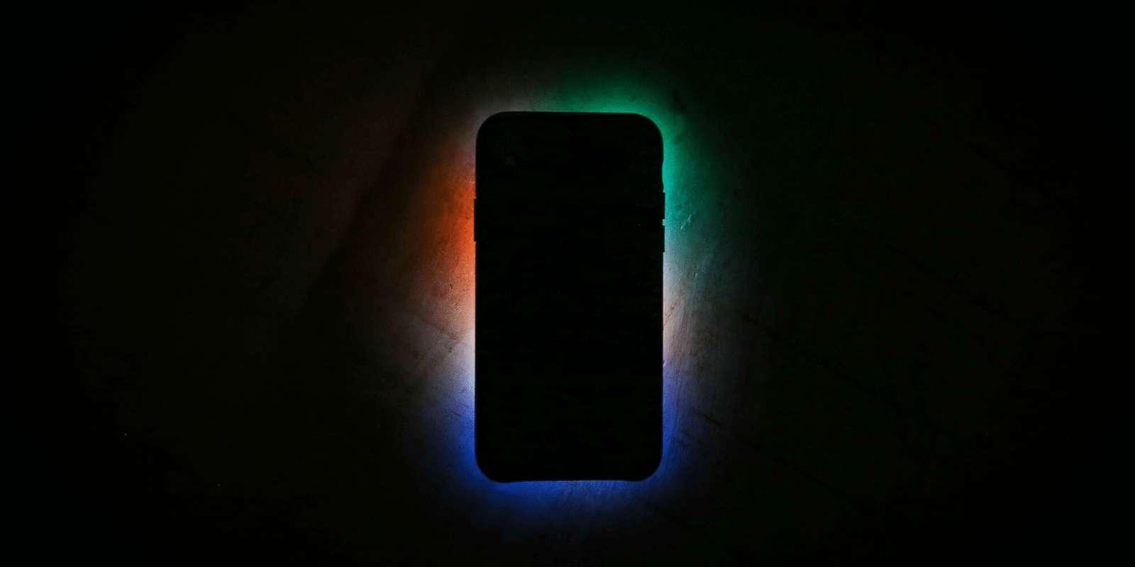 Premier smartphone au monde équipé d'une caméra au capteur photo de 108 mégapixels, le Xiaomi Mi Note 10 arrivera en France en novembre 2019. © Unsplash