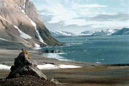 La base polonaise de Hornsund, dans l'archipel de Svalbard, est opérationnelle depuis 1957 et peut accueillir jusqu'à 30 personnes en été et 12 en hiver.