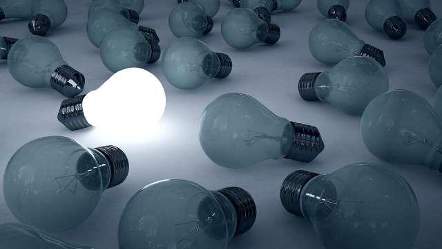 Plus d'un Français sur deux surveille sa consommation d'électricité - Crédits : ©digitalife