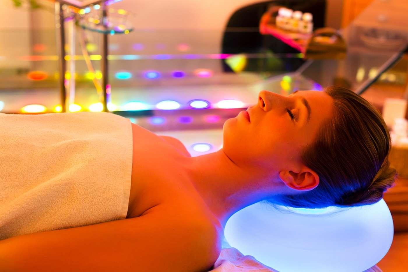 Selon une nouvelle étude, la luminothérapie serait un bon traitement contre la dépression majeure. © Kzenon, shutterstock.com
