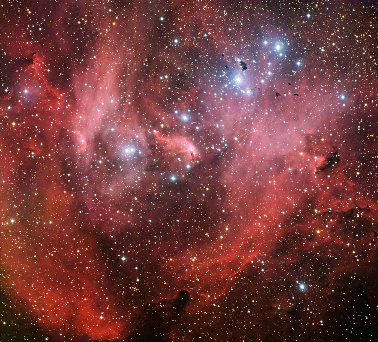 IC 2944, la nébuleuse du Poulet qui court, saisie par la caméra WFI installée sur le télescope MGP/ESO. © ESO