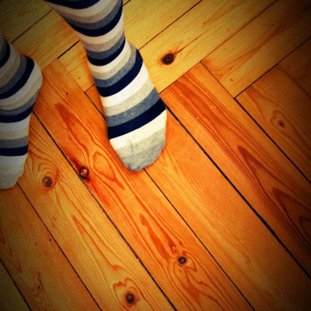 Pour réparer un parquet taché, utilisez le solvant adapté. © Môsieur J., Flickr, cc by 2.0