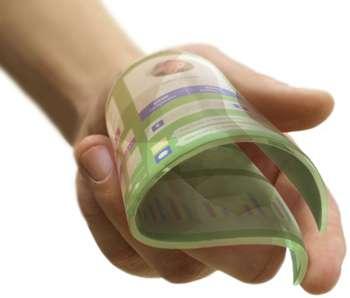 Avec son film flexible, étirable et transparent, la jeune pousse finlandaise Canatu promet de libérer le design dans de nombreux domaines où les interfaces tactiles sont présentes ou pourraient l'être. © Canatu