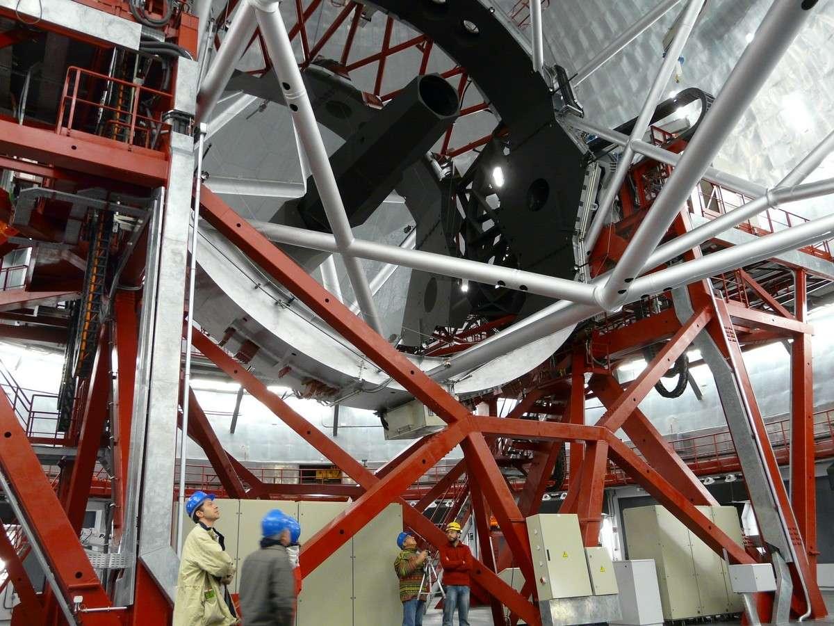 Le Gran Tecan, le plus grand télescope actuel, se trouve sur l'île de La Palma, aux Canaries. Crédit J-B Feldmann