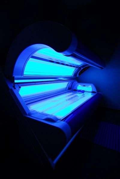 Les cabines UV sont reconnues comme facteur de risque de cancers de la peau. © VojtechVlk/shutterstock.com