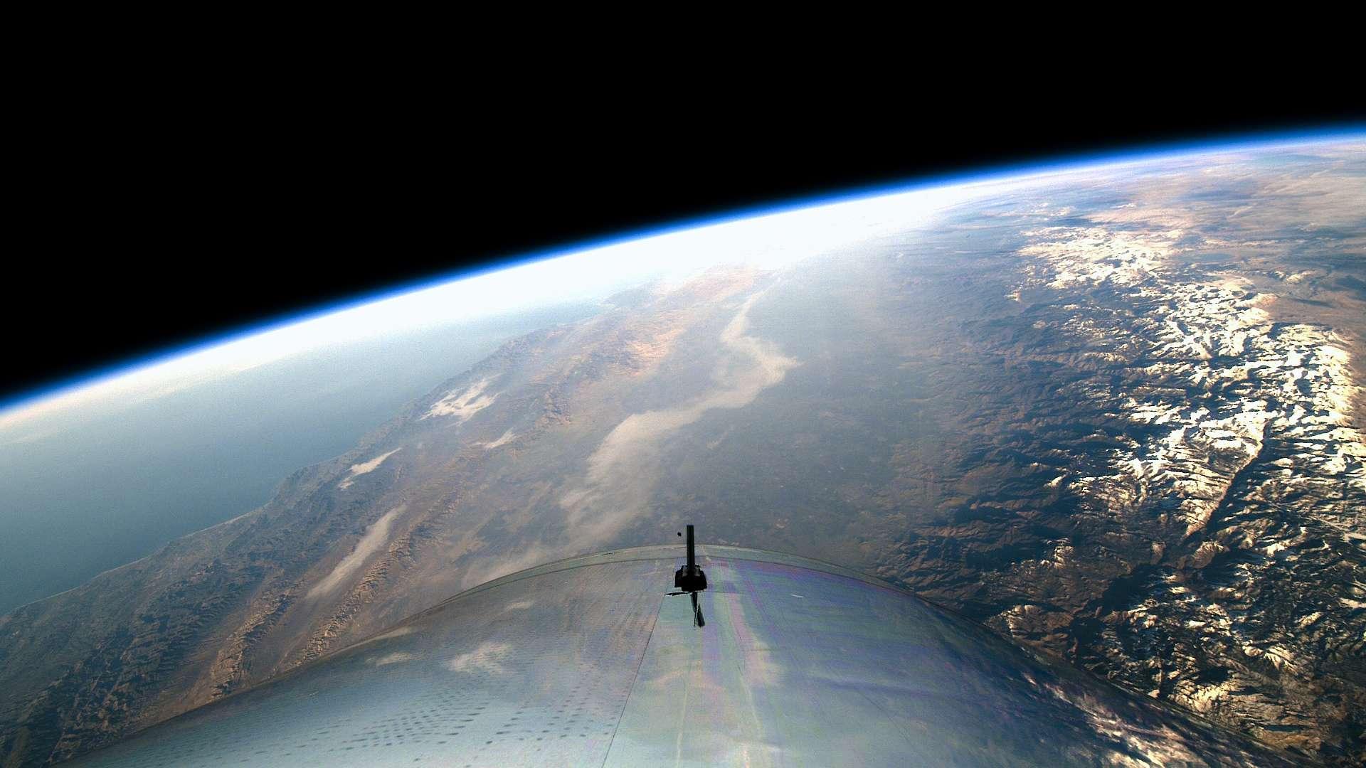 La Terre vue du SpaceShipTwo de Virgin Galactic lors de son vol inaugural à la frontière de l'espace le 13 décembre. © Virgin Galactic 2018